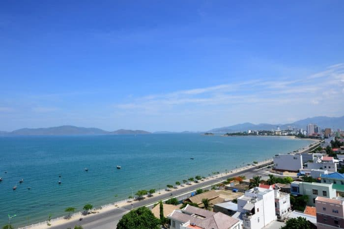 Sunbathing in Nha Trang Tour 4 Days/ 3 Nights