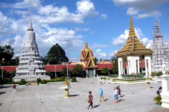 Phnom Penh – Siem Reap Tour 4 Days/ 3 Nights
