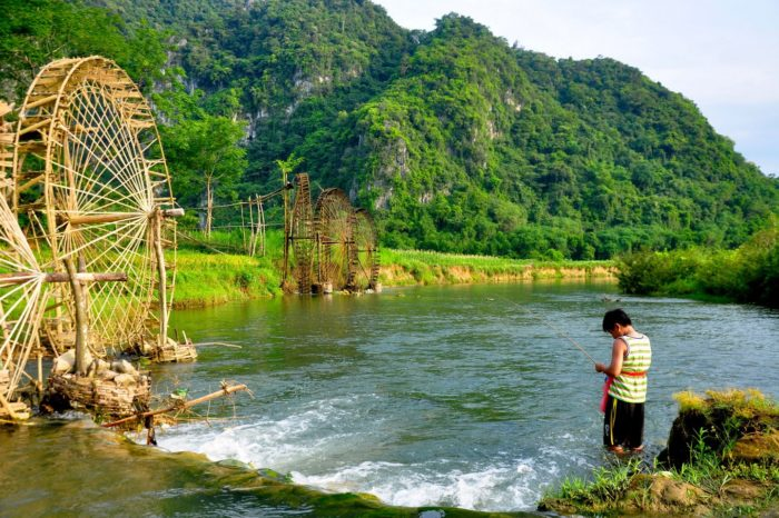 Mai Chau – Pu Luong Trekking Tour 4 days/ 3 nights