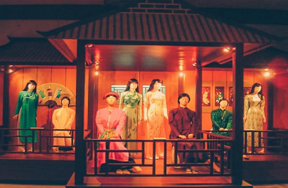 "Traditional ""Ao dai"" in Vietnam Women's Museum"