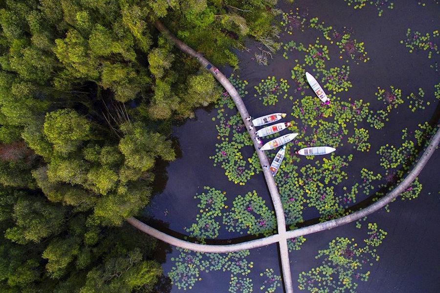 Tan Lap floating village